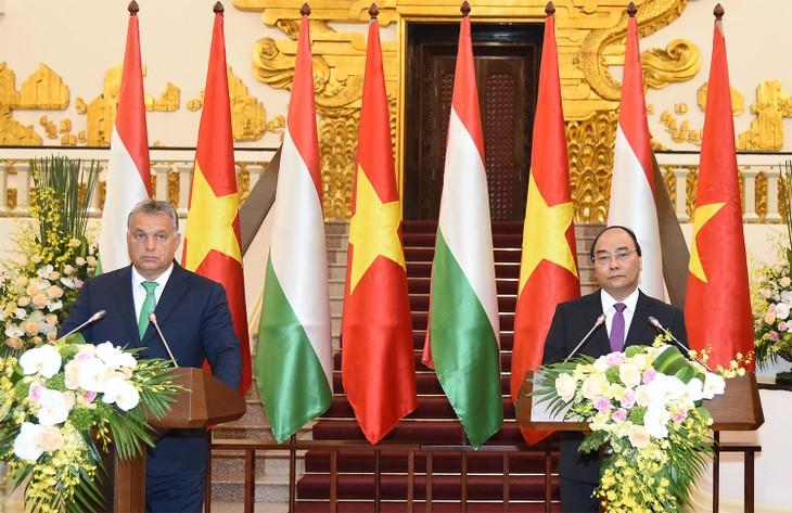 В Ханое прошли вьетнамо-венгерские переговоры - ảnh 1