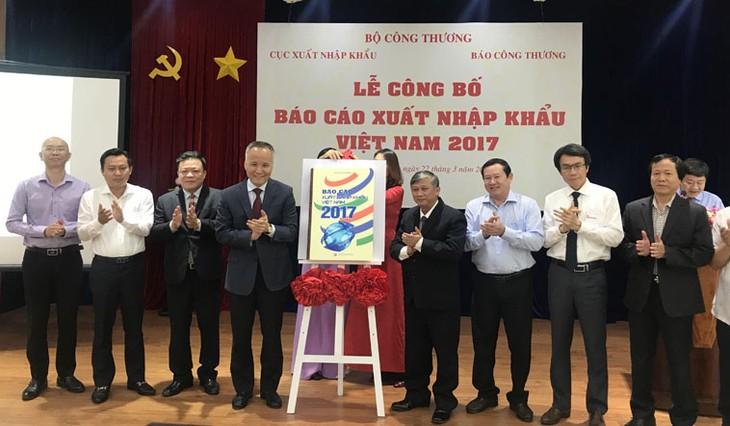 Обнародован доклад о вьетнамском экспорте за 2017 год - ảnh 1