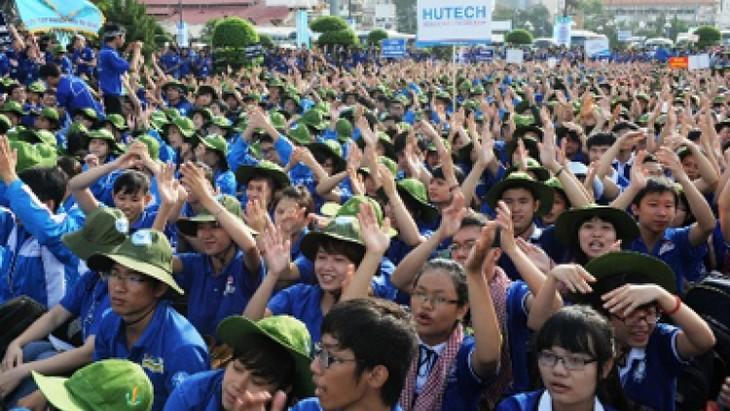 Акция «90 тысяч рабочих мест для вьетнамской молодёжи и студентов» - ảnh 1