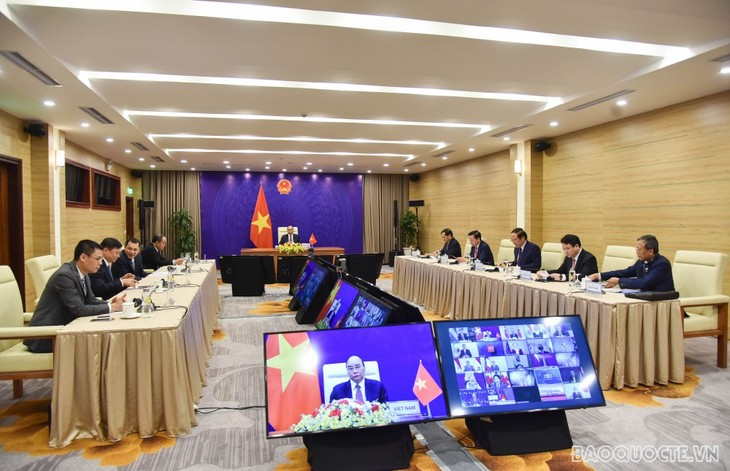 Вьетнам обязуется всесторонне бороться с изменением климата - ảnh 1