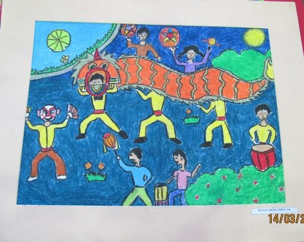 กิจกรรมการกุศลของสถานทูตไทยประจำเวียดนาม ณ โรงเรียนคนตาบอด NguyenDinhChieu - ảnh 13