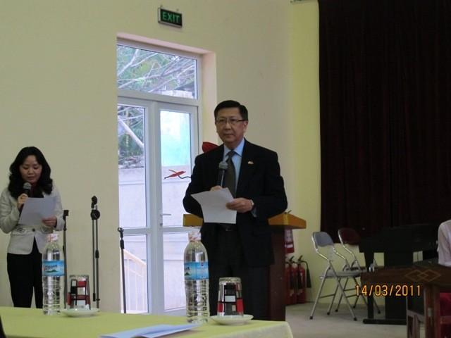 กิจกรรมการกุศลของสถานทูตไทยประจำเวียดนาม ณ โรงเรียนคนตาบอด NguyenDinhChieu - ảnh 2