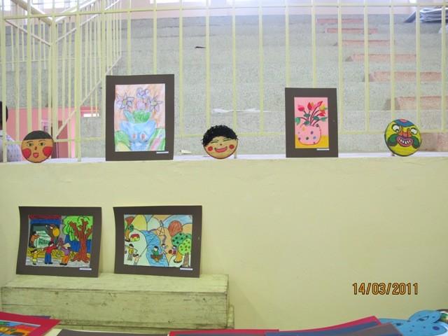 กิจกรรมการกุศลของสถานทูตไทยประจำเวียดนาม ณ โรงเรียนคนตาบอด NguyenDinhChieu - ảnh 11