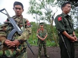 รัฐบาลพม่าและกบฏคะฉิ่นเห็นพ้องที่จะจัดการเจรจาต่อไป - ảnh 1