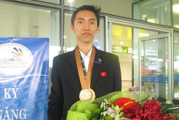 เวียดนามสามารถคว้าเหรียญรางวัลเป็นครั้งแรกในการแข่งขันฝีมือแรงงานโลกครั้งที่๔๓  - ảnh 1