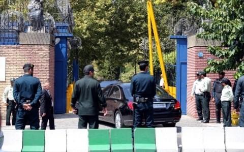 อิหร่านและอังกฤษเปิดสถานทูตประจำแต่ละประเทศ - ảnh 1