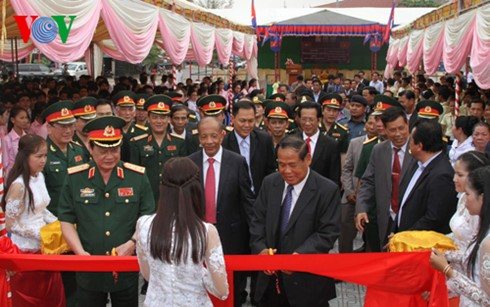 เสร็จสิ้นการบูรณะปฏิสังขรณ์อนุสรณ์สถานมิตรภาพเวียดนาม-กัมพูชาในจังหวัดตาแก้ว   - ảnh 1