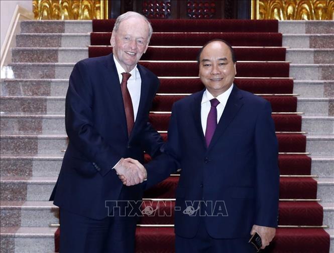 นายกรัฐมนตรีเวียดนามให้การต้อนรับอดีตนายกรัฐมนตรีแคนาดา - ảnh 1