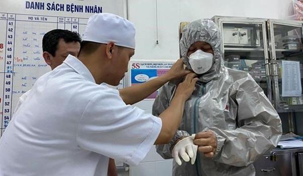 เวียดนามปฏิบัติมาตรการต่างๆเพื่อป้องกันและรับมือการแพร่ระบาดของเชื้อไวรัสโคโรนาสายพันธุ์ใหม่ - ảnh 1