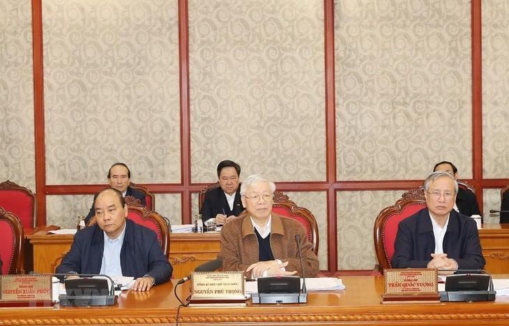 กรมการเมืองแสดงความคิดเห็นต่อการจัดทำร่างเอกสารการประชุมสมัชชาใหญ่พรรคสมัยที่ 13 - ảnh 1