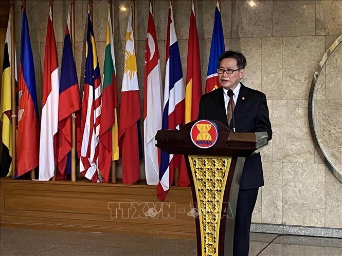 เลขาธิการอาเซียนชื่นชมบทบาทการเป็นผู้นำของเวียดนาม - ảnh 1