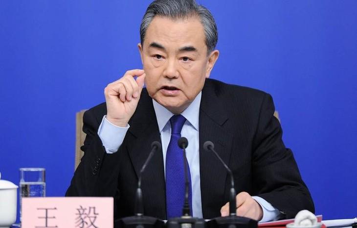 รัฐมนตรีต่างประเทศจีนคัดค้านคำตำหนิของรัฐมนตรีต่างประเทศสหรัฐ - ảnh 1