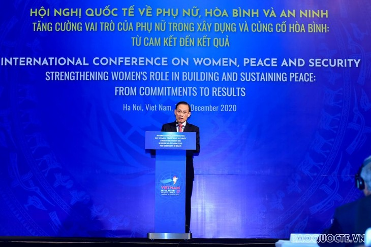การประชุมระหว่างประเทศเกี่ยวกับสตรี สันติภาพและความมั่นคงอนุมัติคำมั่นปฏิบัติงานฮานอย - ảnh 1