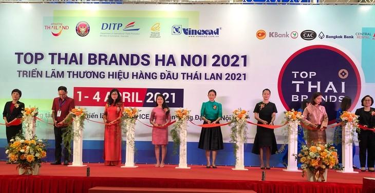 สถานประกอบการไทย 130 แห่งเข้าร่วมงานแสดงสินค้า Top Thai Brands 2021 - ảnh 1