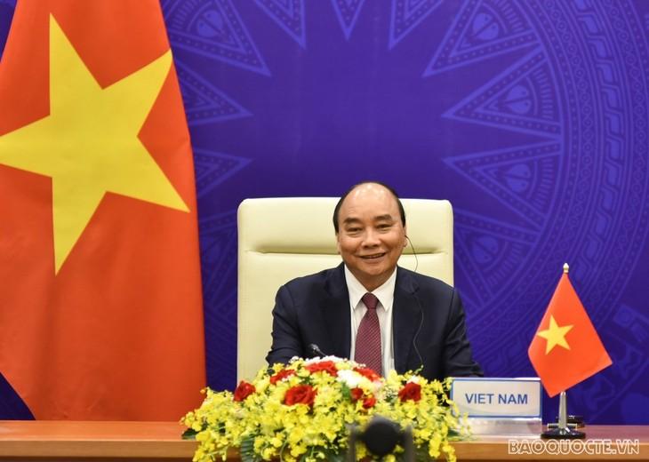 ประธานประเทศ เหงวียนซวนฟุก เข้าร่วมพิธีเปิดการประชุมสุดยอดเกี่ยวกับสภาพภูมิอากาศ - ảnh 1