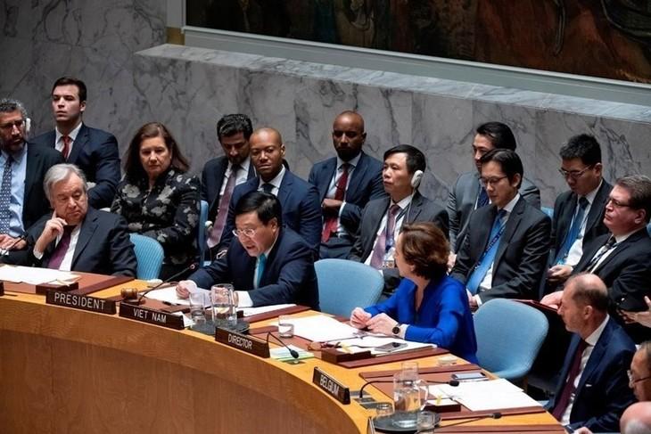 เวียดนามเสร็จสิ้นการปฏิบัติหน้าที่ประธานคณะมนตรีความมั่นคงแห่งสหประชาชาติอย่างลุล่วงไปด้วยดี - ảnh 1