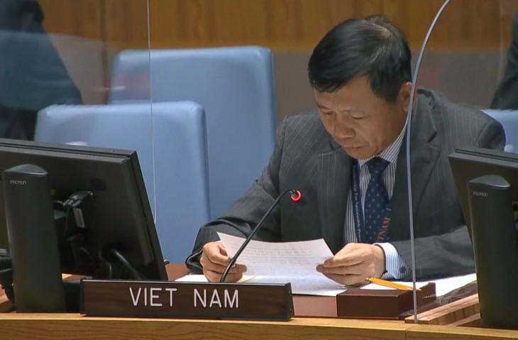 เวียดนามร่วมกับประชาคมโลกพยายามขจัดอาวุธนิวเคลียร์  - ảnh 1