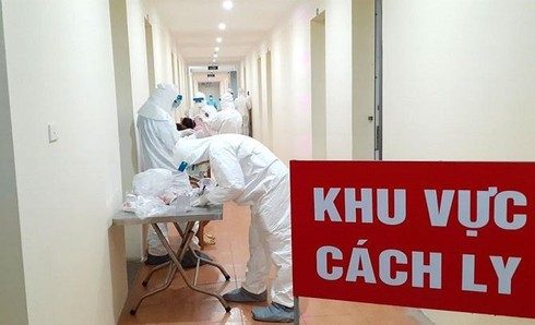 Vietnam confirms seven new COVID-19 cases, returning from Kuwait - ảnh 1