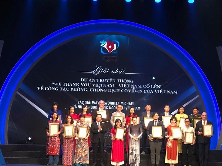 Winners of National External Information Service Awards honoured - ảnh 1