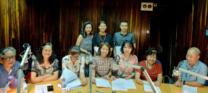 """""""Untold stories"""", a special program marking 75th anniversary of VOV's English Service - ảnh 1"""