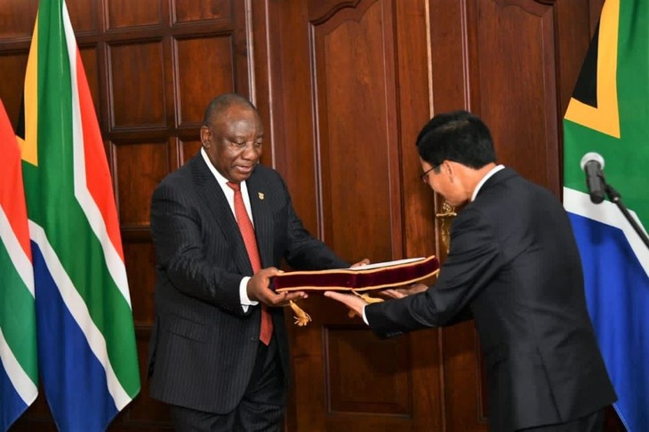 South African President hopes to strengthen ties with Vietnam - ảnh 1
