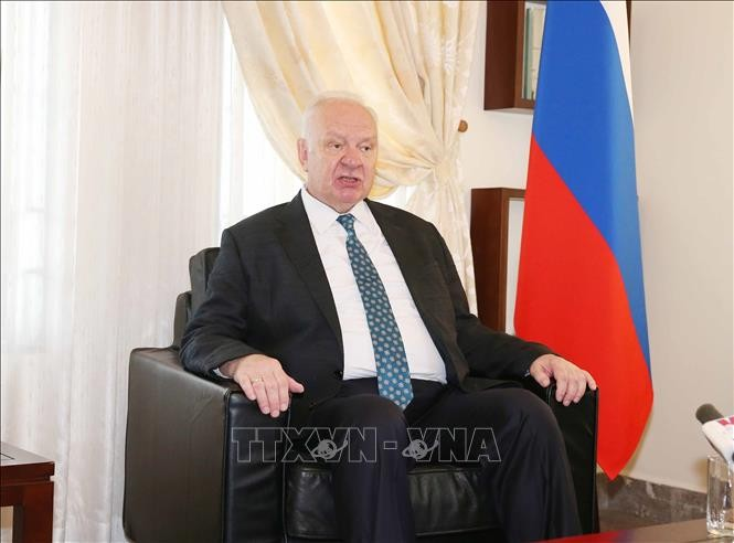 Russian Ambassador impressed by Vietnam and its people - ảnh 1