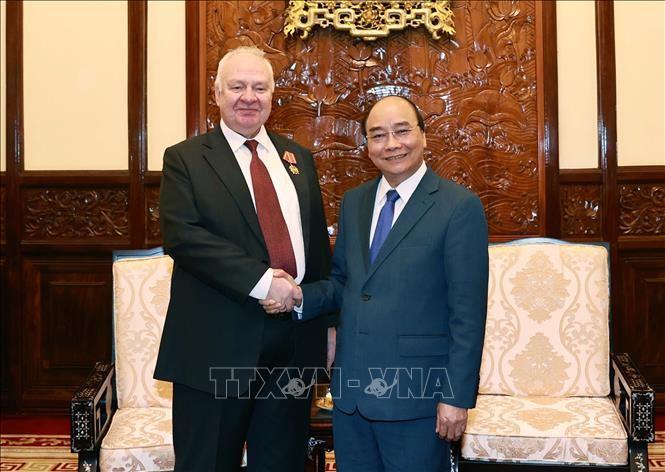 President Nguyen Xuan Phuc receives Russian Ambassador - ảnh 1