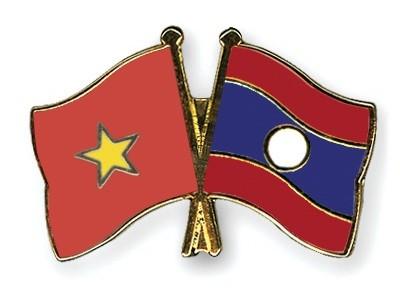 Vietnamese leaders send message to Lao counterparts over COVID-19 spread - ảnh 1
