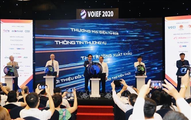 Vietnam's digital economy to earn 52 billion USD by 2025 - ảnh 1