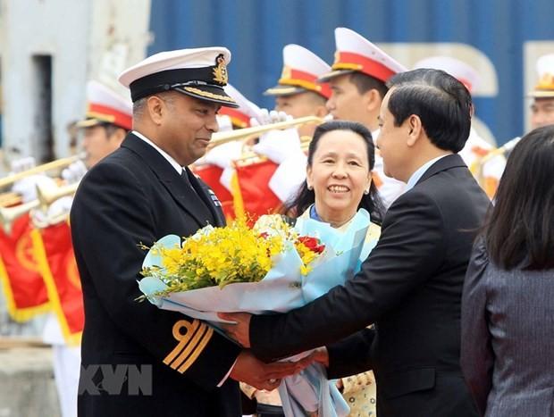 UK Royal Navy ship visits Hai Phong - ảnh 1