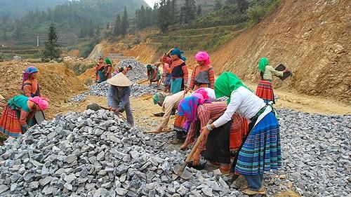 Reajustar acápites para mejorar las áreas rurales vietnamitas  - ảnh 2