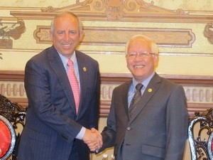 Presidente del Parlamento de El Salvador visita Ciudad Ho Chi Minh - ảnh 1