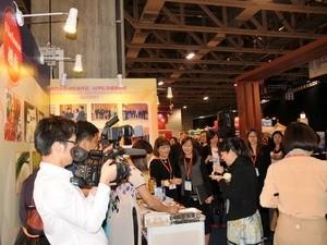 Destacan productos vietnamitas en Feria Internacional en Macao, China - ảnh 1