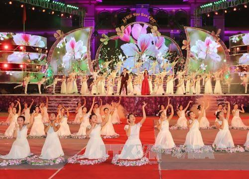 Festival de Flor de Bauhinia en Dien Bien promueve el desarrollo turístico local - ảnh 1