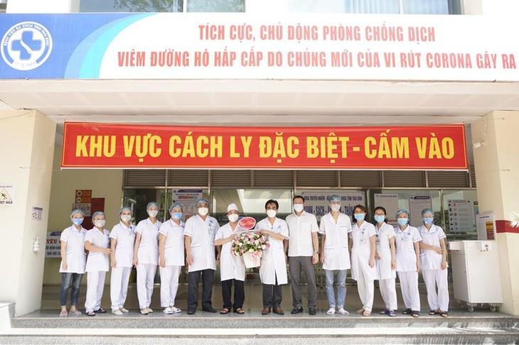 Declaran recuperados a otros 4 pacientes del Covid-19 en Vietnam - ảnh 1