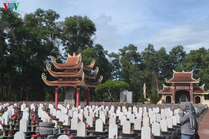 Mes en honor a los combatientes caídos en Quang Tri - ảnh 1