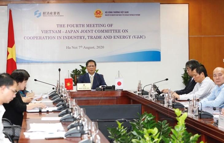 Relaciones entre Vietnam y Japón avanzan hacia un nuevo camino de desarrollo - ảnh 2