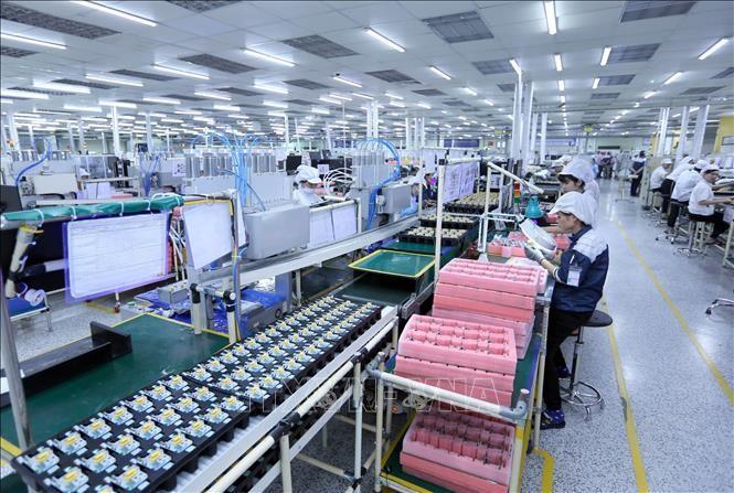 Medios extranjeros aplauden el éxito de Vietnam en la atracción de inversión extranjera directa   - ảnh 1
