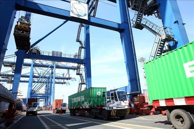 Aumenta valor de comercio exterior de Vietnam en los primeros dos meses del año - ảnh 1