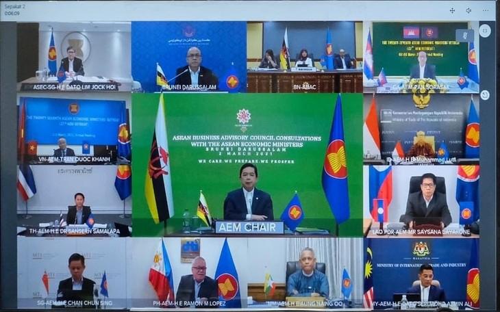 La Asean adopta 10 iniciativas y prioridades para la cooperación económica - ảnh 1