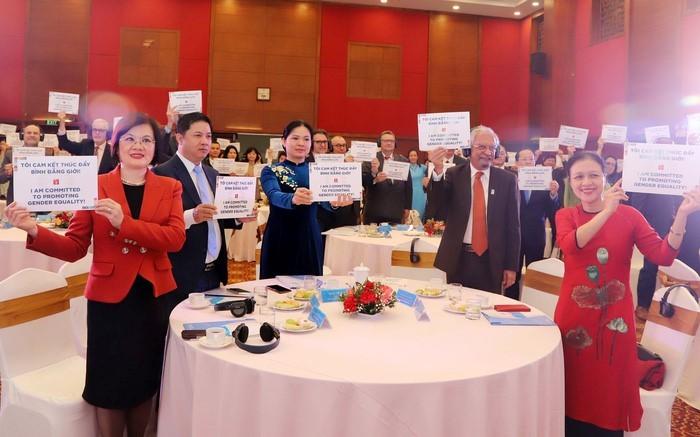 Vietnam promueve los Objetivos de Desarrollo Sostenible desde la perspectiva de la igualdad de género - ảnh 1