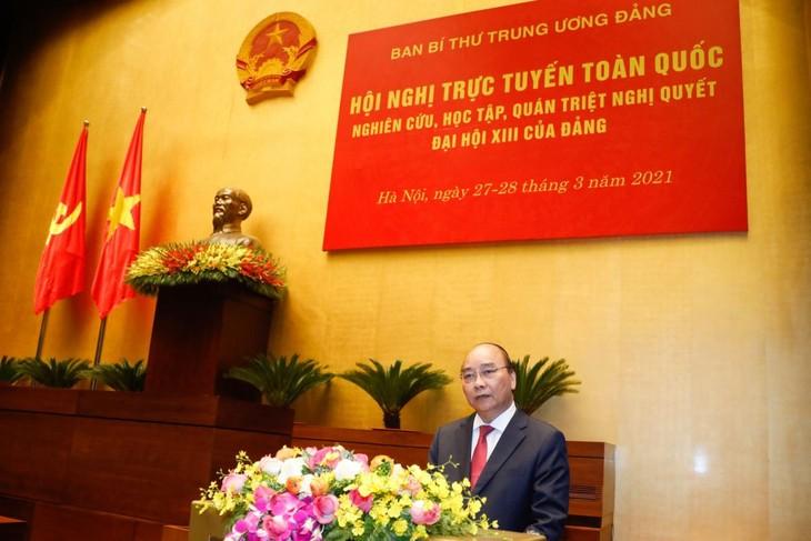Premier vietnamita aspira a poner a su país en segundo lugar de la Asean en tamaño de economía  - ảnh 1