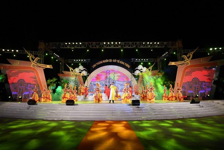 Efectúan en Phu Tho un programa artístico en saludo al Festival del Templo de los Reyes Hung - ảnh 1