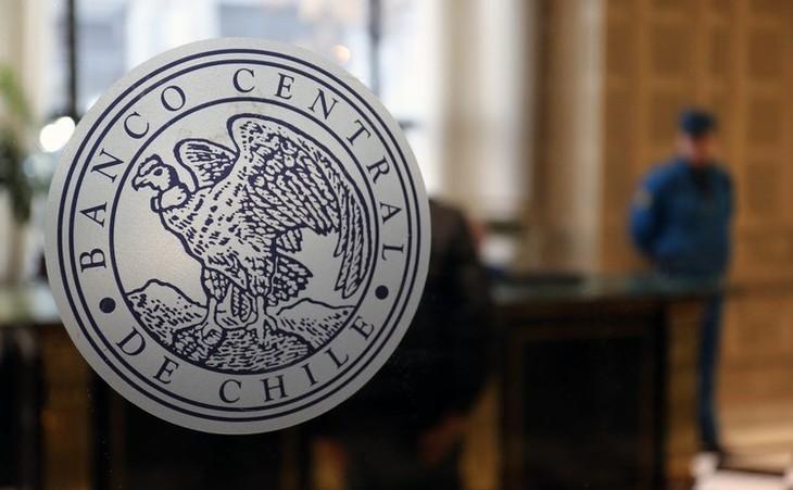 Banco Central de Chile aplica la mayor alza a la tasa de interés en 20 años - ảnh 1