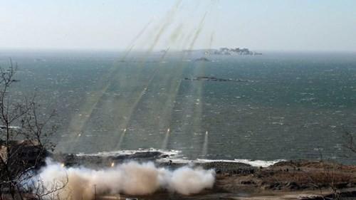 คาบสมุทรเกาหลีทวีความตึงเครียด - ảnh 1