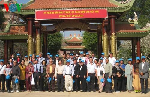 ชาวเวียดนามที่อาศัยในต่างประเทศมุ่งใจสู่ปิตุภูมิ - ảnh 1