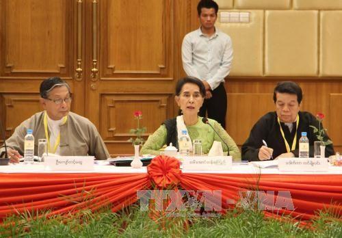 พม่าจัดตั้งคณะกรรมการต่างๆเพื่อผลักดันกระบวนการสันติภาพ - ảnh 1