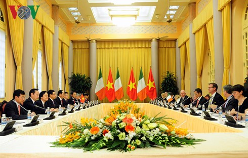 เปิดระยะการพัฒนาใหม่ของความสัมพันธ์ร่วมมือระหว่างเวียดนามกับไอร์แลนด์ - ảnh 1