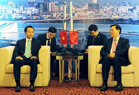 ประธานคณะกรรมาธิการสภาผู้แทนประชาชนจีนเสร็จสิ้นการเยือนเวียดนามด้วยผลสำเร็จอย่างงดงาม  - ảnh 1