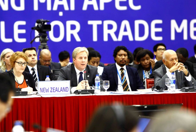 รัฐมนตรีหลายประเทศประชุมต่อไปเพื่อผลักดันข้อตกลงทีพีพี - ảnh 1